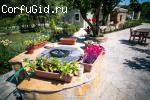 Мини-кантри дом с бассейном