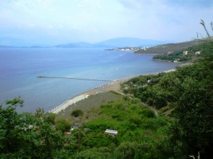 Пляж Апраос-Каламаки